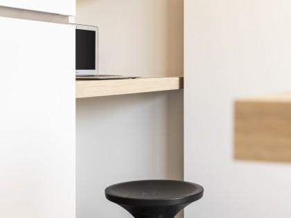 Elverdinge, Ieper, bureau in eik, inox, mini desk voor de kinderen, studiomas architecten, interieurarchitecten, dontmoveimprove